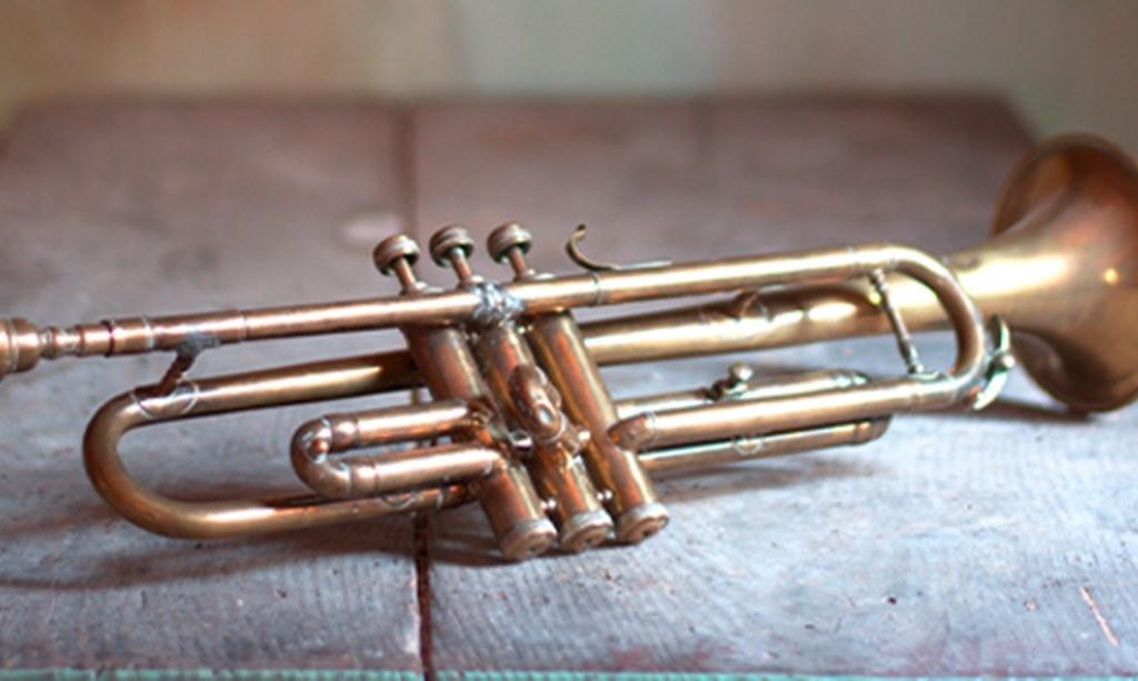 Tiuplah Trompetnya